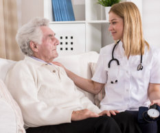 Image of senior having private medical home care